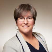 Karen Mossman Headshot
